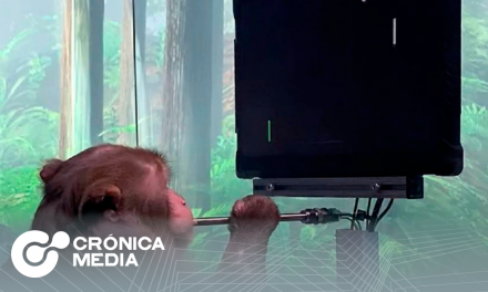 Un mono juega con la mente un videojuego gracias a Neurolink
