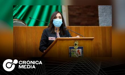 Ivonne Bustos impulsará la creación de clínicas especializadas en Santa Catarina.