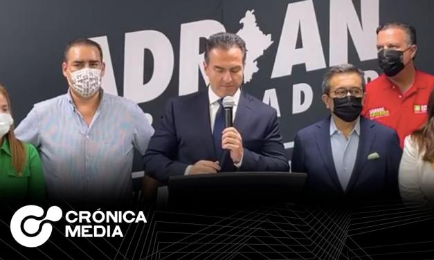 Adrián De La Garza reconoce derrota en rueda de prensa