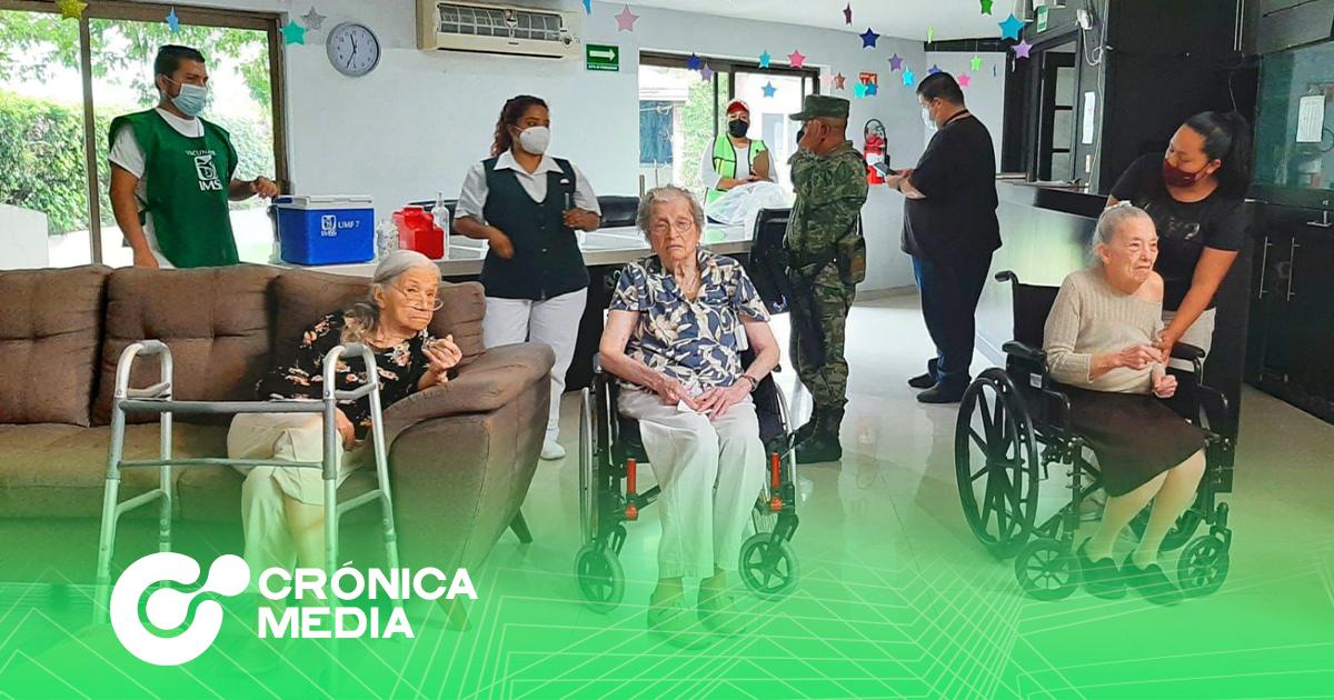 En San Pedro Garza García se realizaron vacunaciones covid a domicilio.