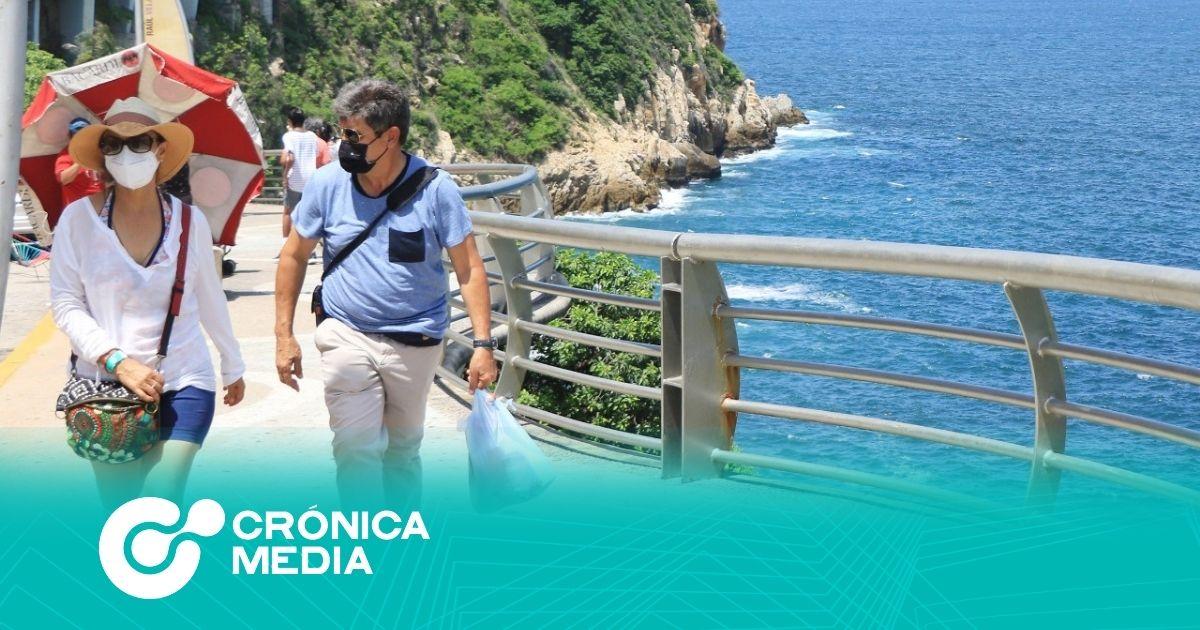 Acapulco pide a turistas y residentes respetar medidas sanitarias durante este periodo vacacional
